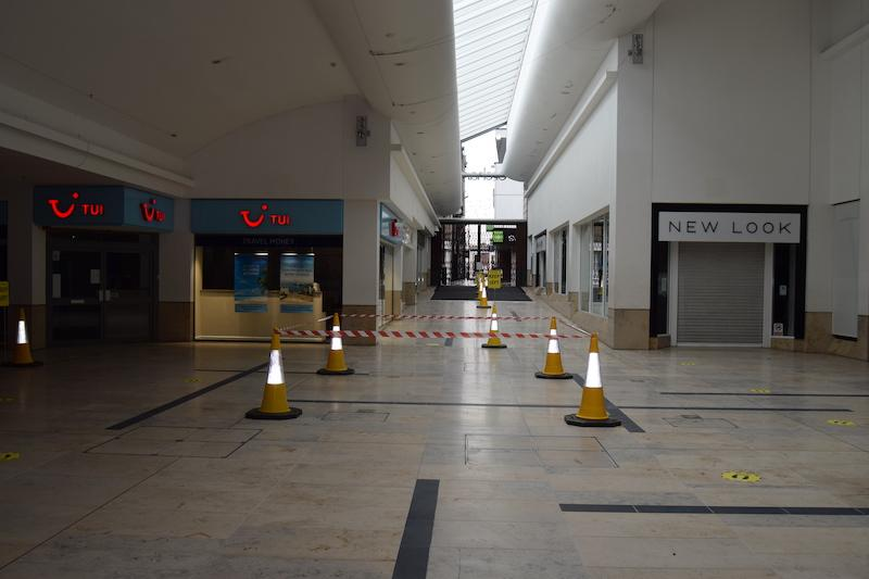 orchard centre social distancing 2